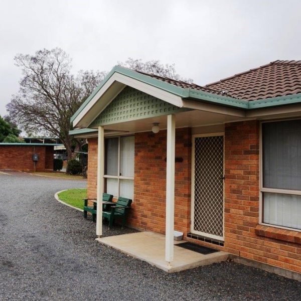 The Cottage - Highway Caravan Park Scone